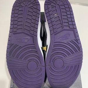 "Air Jordan Retro Low ""Court Purple"""